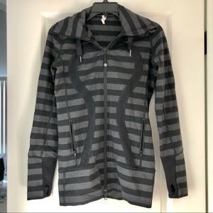 Lululemon black and grey Jacket